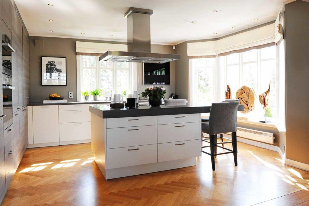 Rørlegger til kjøkkenet - Kjøkkenøy i villa